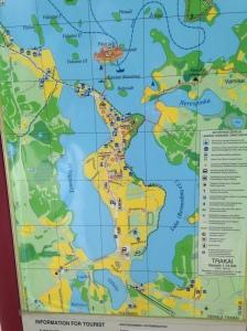 Trakai ligger i et meget, meget vådt område. Men du kan komme tørskoet fra banegården til slottet.